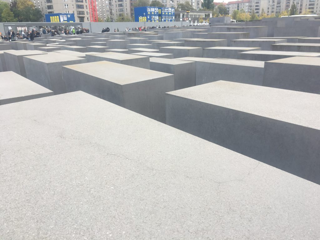 Memorial to Jewish victims of Nazis