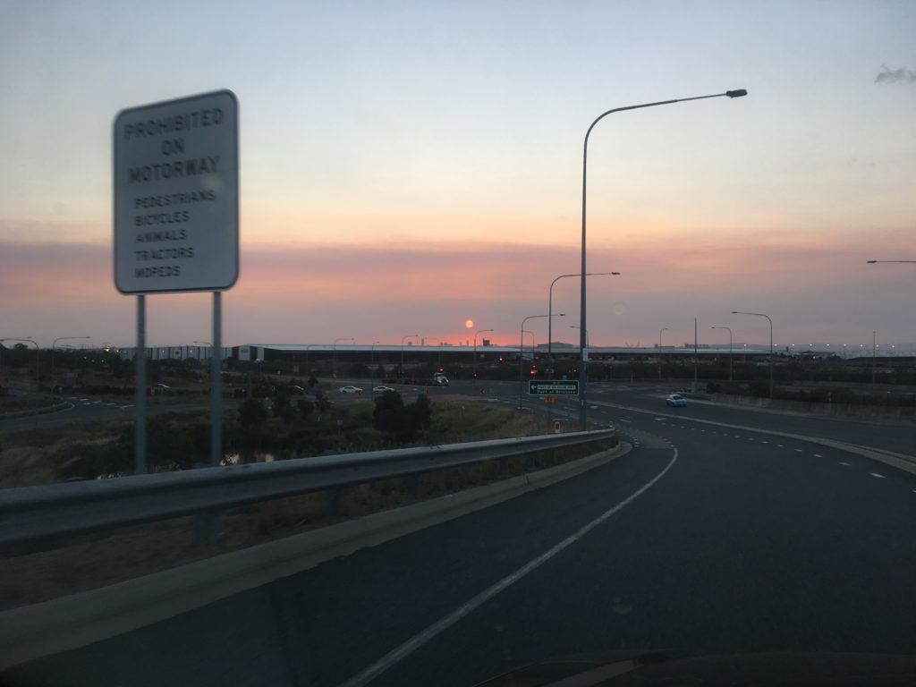 Red sun in the bushfire haze looked like a stop sign