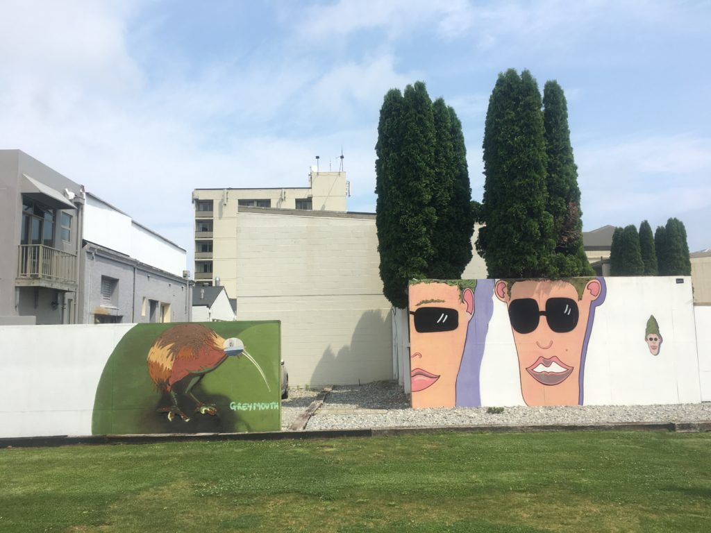 Public Hedge Art, Greymouth